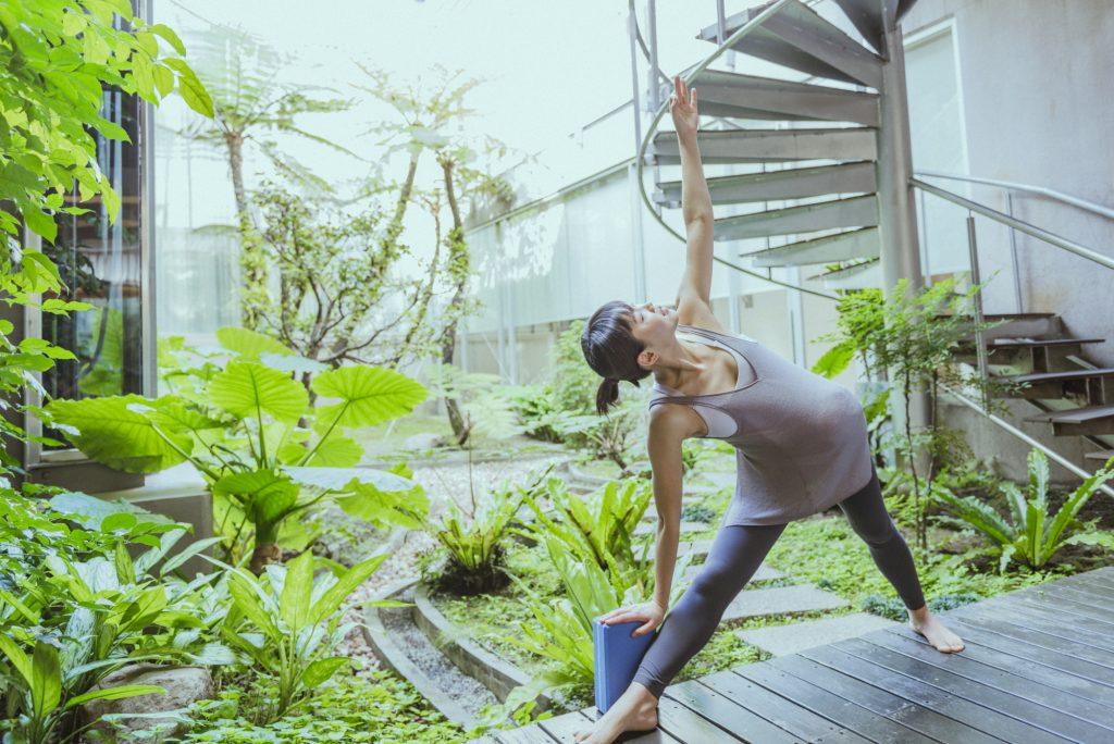 懷孕後期運動:伸展筋骨有助於順利生產